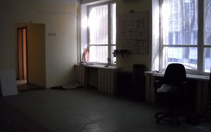 Сдаю фасадное помещение под офис или интернет магазин в Одессе на Говорова